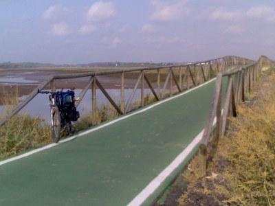 2006_03_03_carril_bici_la_bota_huelva_puente.jpg