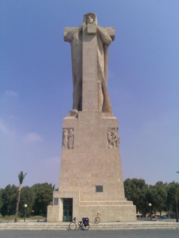 2006_03_06_monumento_fe_descubridora.jpg