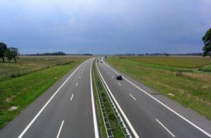 autopista-300x196.jpg
