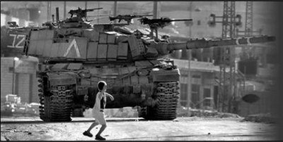 nino_palestino_contra_tanque_israeli.jpg