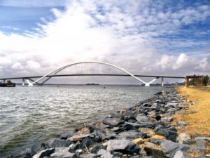 puente1-300x225.jpg