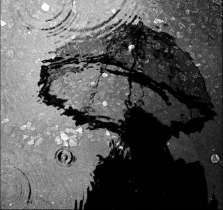 20081211074818-ilustracion-lluvia-paraguas-agua-mujer-hombre-11
